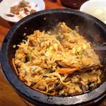 オムニ食堂 - 石焼ビビンパ  900円