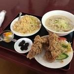 台湾料理 嘉宴楼 - 炒飯定食(880円)