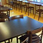 日本カレー本舗 - 二階席