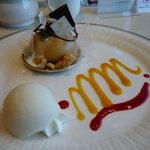 カフェレストラン カメリア - ☆生キャラメルもちのスィーツ(*^。^*)レモンのシャーベット♪☆