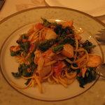 3026834 - 鮭ハラミと菜の花のタリオリーニ(1575円)