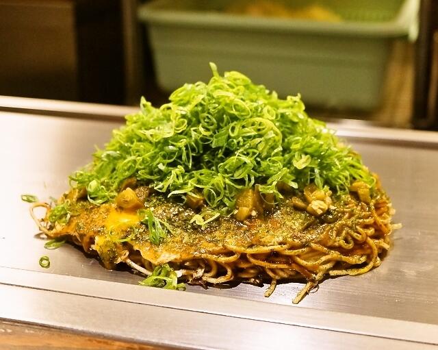 広島お好み焼き おこたろう - 2014.8 おこたろう名物焼(1,242円)+そばダブル(205円)
