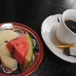 寿司政 - 果物と珈琲