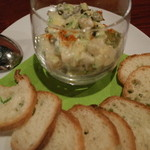 フランス家庭料理  グランダミ - コチとアボガドのタルタルソース
