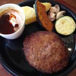 アンシエーヌ - 1日15食限定のハンバーグ!ソースが3種から選べました。