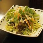 釜めし古都 - レタスの胡麻サラダ ドレッシングがいま一つ好みではありませんでした