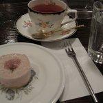 クラインブルー - 桜ムースのケーキセット