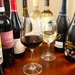 カーサ デ ソレラ - ワイン各種ご用意あります