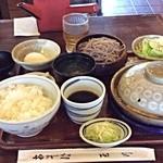 玉川 そば店 - 本日のランチ   カツ煮と冷そば、ライス、おしんこ、さらだ、デザート  ¥830+消費税