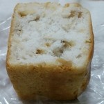 30283820 - 胡桃の米粉パン(ハーフ)       190円