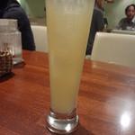 シーフードレストラン アクア - リンゴのスパークリング