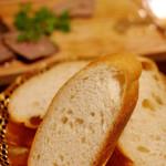 Body Blow - レバーペースト美味しいくてパン追加オーダー