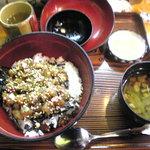 杉乃家 - お魚丼
