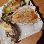 30290472 - 焼き牡蠣3種盛り、おまかせ盛り。
