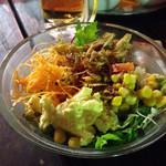 横浜モアーズ 食べ放題BBQビアガーデン - コースの食べ放題サラダ