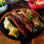 横浜モアーズ 食べ放題BBQビアガーデン - コースのBBQ リブとチキン  2600円