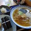 小島食堂 - 料理写真:てもみ支那そば納豆巻きセット ¥800