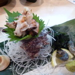 漁港酒場 鯛将丸 - サザエの刺身
