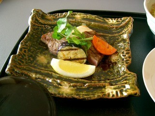 日本料理 羽衣 - 網焼膳のステーキ