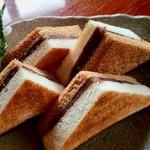 珈琲館 べるの木 - 料理写真:小倉トースト