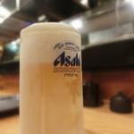 鉄板神社 - まずは一人飲み。グラスまでキンキンに冷えているサービスも素敵~
