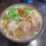 つけ麺 本丸 - 濃厚魚介ラーメン 大盛