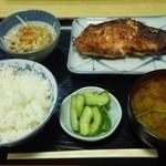もとやくし食堂 - 焼魚定食
