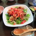 うなぎ料理 山品 - とりトマ丼