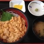 みさき - 生うに丼 2400円(税込)