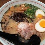 清正 - 熊本ラーメン(煮玉子入り)