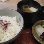 三笑亭 - ご飯・味噌汁・香の物