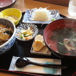 30321531 - アワビ・フカヒレ丼&あわびスープ(中華風)