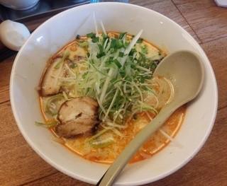 麺家かぐら 西バイパス店 - 塩タンタン麺780円(平成26年8月)