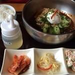 30324328 - ランチのビビンパ冷麺定食