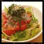 Maisai - トマトとじゃこのサラダごはん