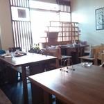 オッサ - 窓側テーブル席 2014.09.