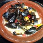 オッタントット - 【夜|季節】ムール貝 (2014年8月) 小さいムール貝でしたが味は癖もなく美味しかったです