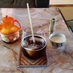 食堂101号室 - オーガニックアイスコーヒー