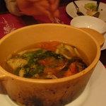 西洋小料理 葡萄家 - ブイヤベース☆海老、蟹、帆立、あさりなど、魚介類がたっぷり!