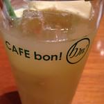 CAFE bon! - ジュースフロート(パイン)