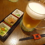 うら田 - 生ビールにお通しです♪