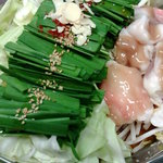 亀山POWER - 料理写真:もつ鍋(冬季限定)