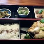 30352047 - 限定20食のお弁当 800円です。