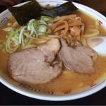 三平ラーメン - 極太麺味噌700円