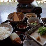 亀山家 - 2014年春、湯豆腐定食