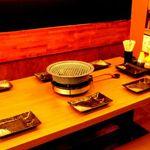 溝の口ドカンドカン酒場 - 内観写真:テーブル6名様