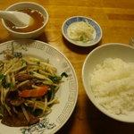 Rakushuuken - レバニラ定食