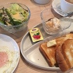 cafe a。u。n - 500円モーニング トーストセット