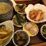 天然食堂 かふぅ - お野菜を使った8品の手料理♥︎