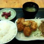 鳥清 - スペシャル定食(からあげ4個+ミニメンチ2個+しょうが焼き2枚)(2014.8)